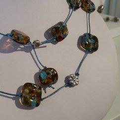 20160129_144420_Collier perles carrées